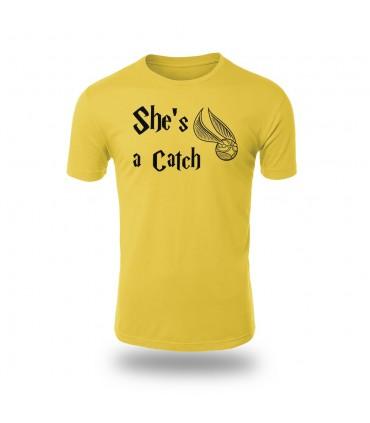 تی شرت She is a Catch